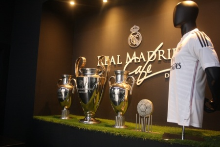 real madrid cafe